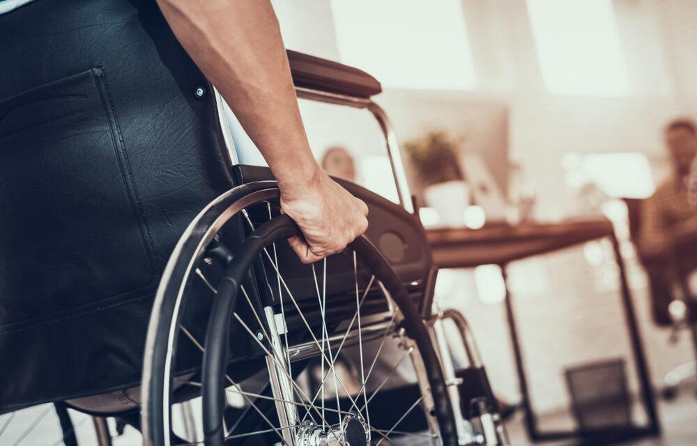 Een rolstoel aanschaffen? Zo pak je dat aan